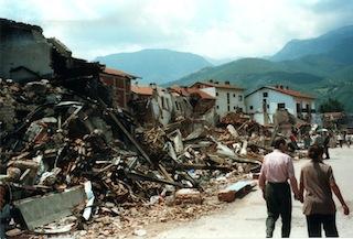 Pec, Kosovo, 1999